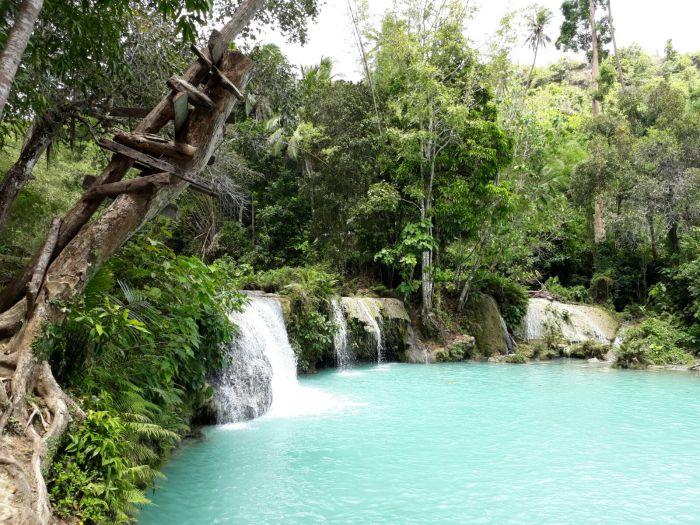 Cambugahay Waterfall, Siquijor, the Philippines